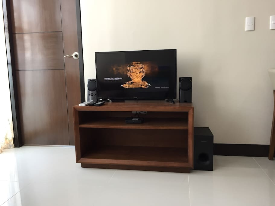 Entertainment set