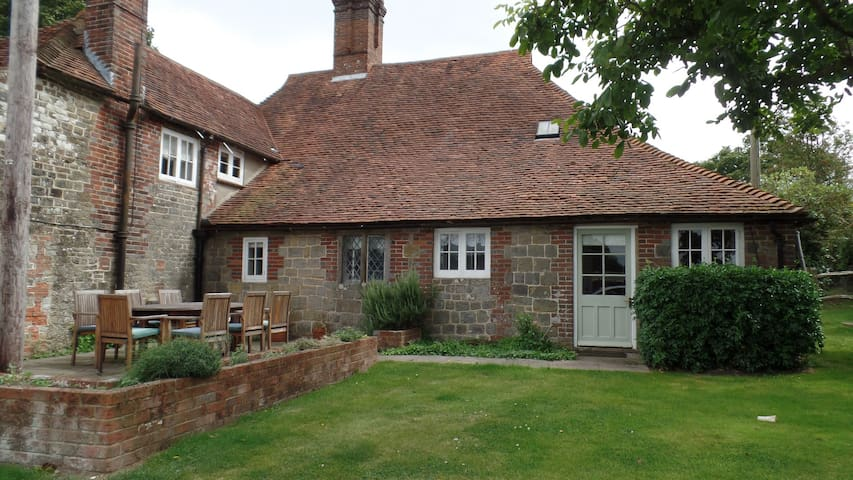 Lovely self contained farm house annexe - West Sussex - Gästhus