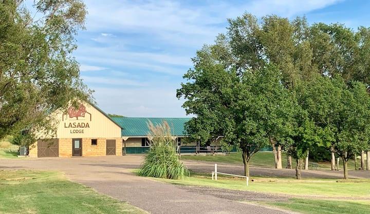 LaSada Lodge - Eagle Room (Double Queen)