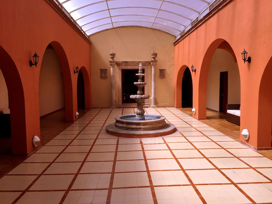Un patio cálido