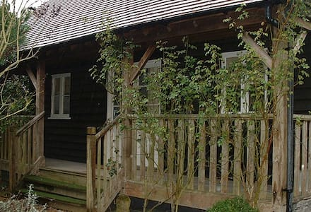 Beautiful country cabin - Surrey - Zomerhuis/Cottage