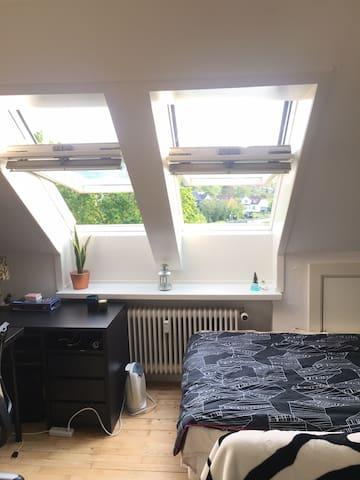 Studio lejlighed i roligt kvarter