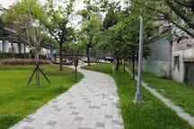 『新未來房』台北車站5分鐘Y1 Taipei station 5mins/電梯1樓/1-2人房