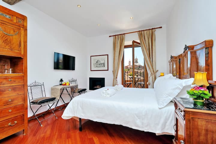Attico Navona Penthouse room 2
