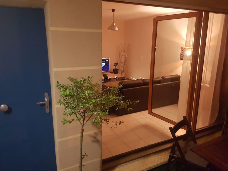 Appartement calme terrasse vue sur espace vert for Emploi espace vert bourgogne