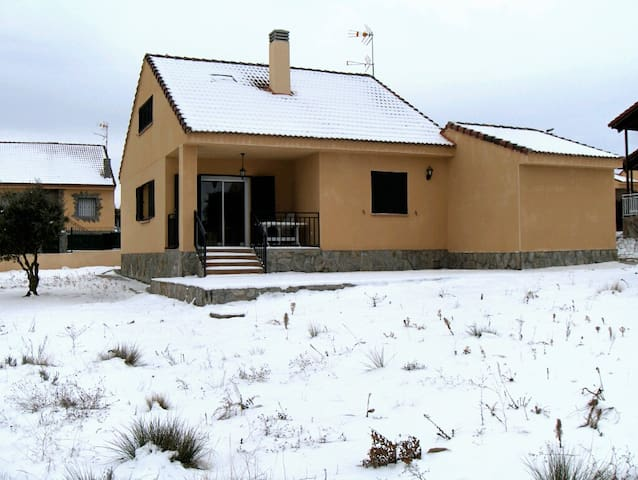 Casa rural en Zarzuela del Monte (Segovia)