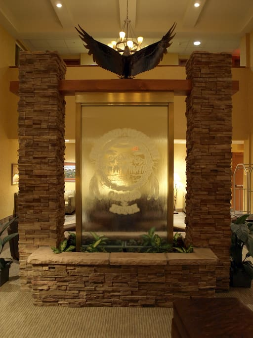 Hotel entrance water feature.
