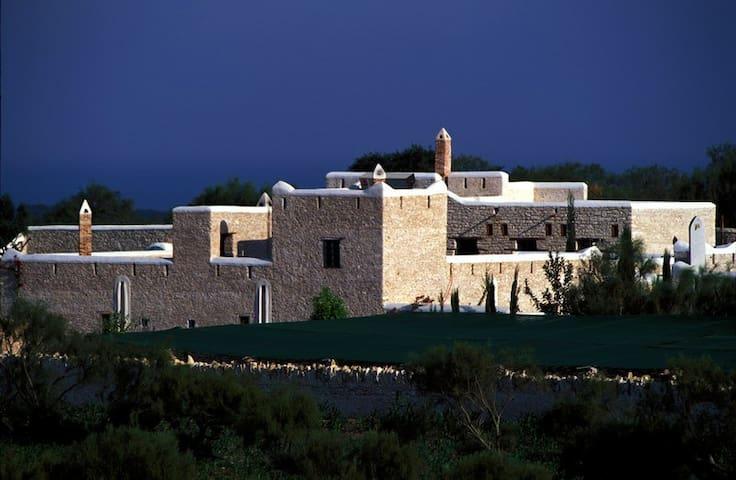 Charming hamlet like villa overlooking the sea