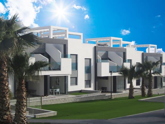 7 - Groundfloor duplex, Oasis Beach, Punta Prima - Torrevieja - Apartamento