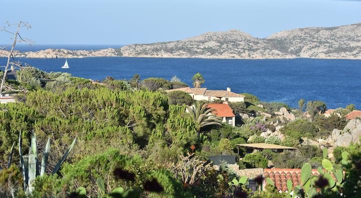Villa La Roccia del Poggio  La Maddalena, Sardinia