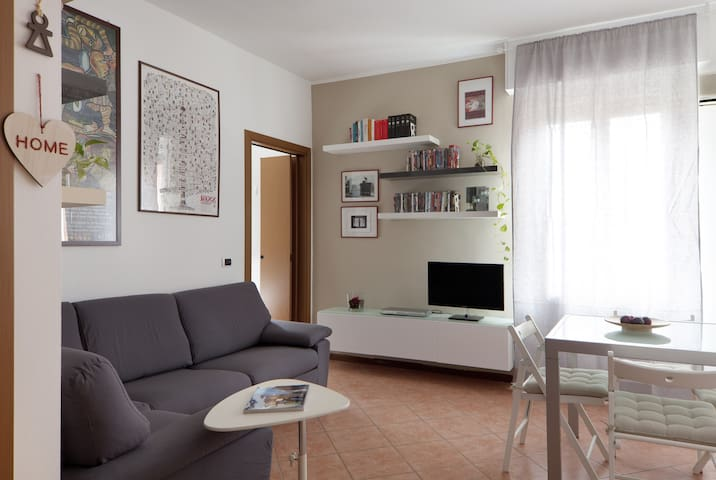 Bright, silent one bedroom apartment