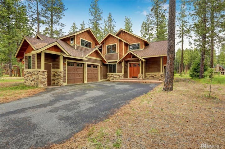 Great Vacation Home in Suncadia.