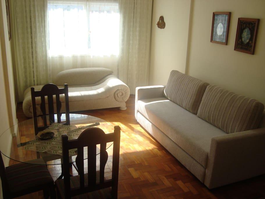 Apartamento Sala e quarto aconchegante