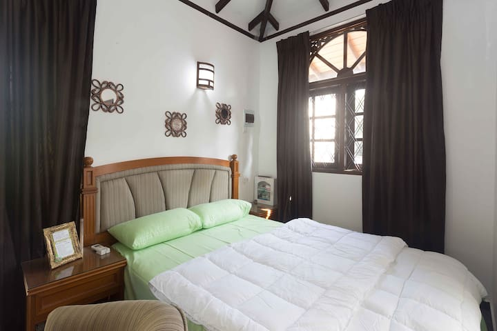The Attic - Studio Apartment - Western Province - Leilighet