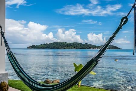 Pebos Reef, apt #2, Amazing views!!
