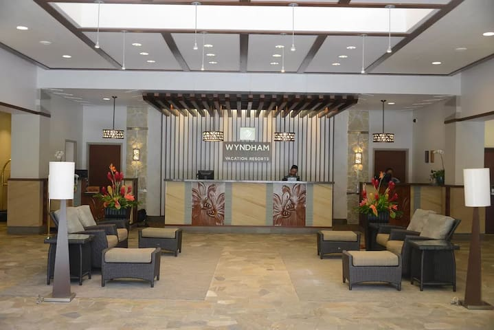 Wyndham Waikiki Beach Walk Resort - 16 to 23 Oct