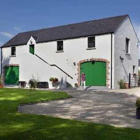 The Barn at Lisnacurran, Hot Tub - Dromore  - Pis