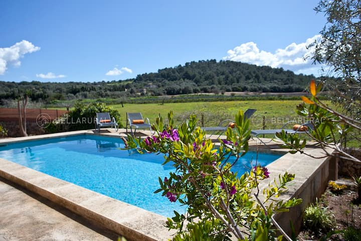 Recently refurbished Finca close to beaches