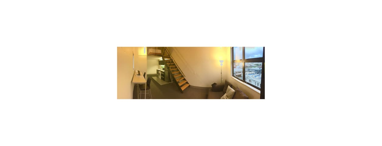 Loft style apartment near trendy Cuba St. - Wellington - Daire