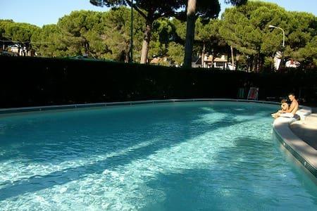 Monolocale con clima  in residence con piscina - Lido di Spina - Apartament