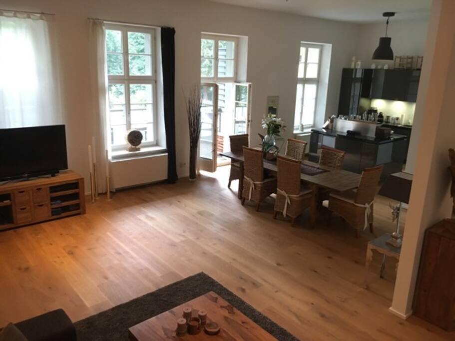 Living Room_full view