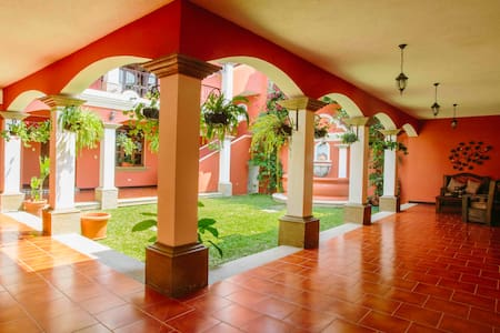 Beautiful and spacious house in Antigua Guatemala