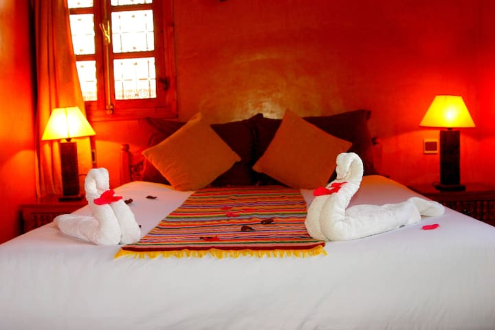 KASBAH ISFOULA Chambre AFRICA - Ait ben haddou  - Bed & Breakfast