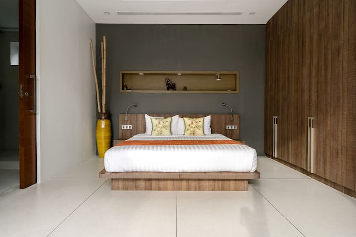Yataq otağı 5