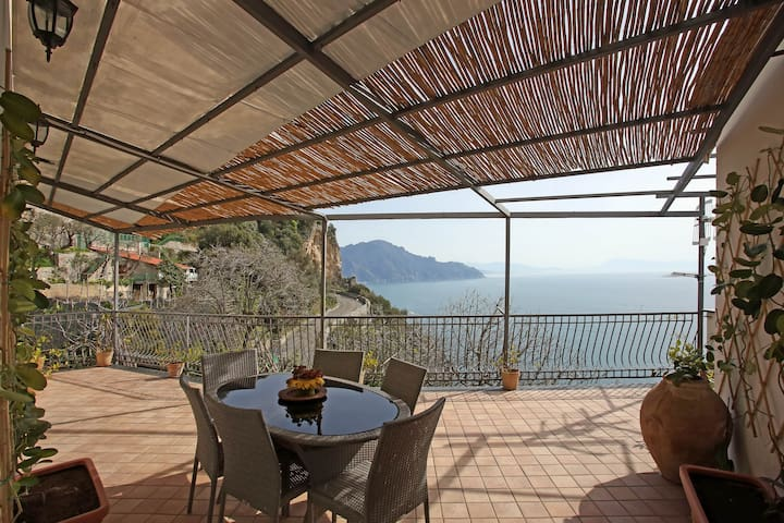 Casa Giosuè: Your home on the Coast - Conca dei Marini - House