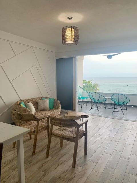 Beautiful Ocean View Apartment at Surf City