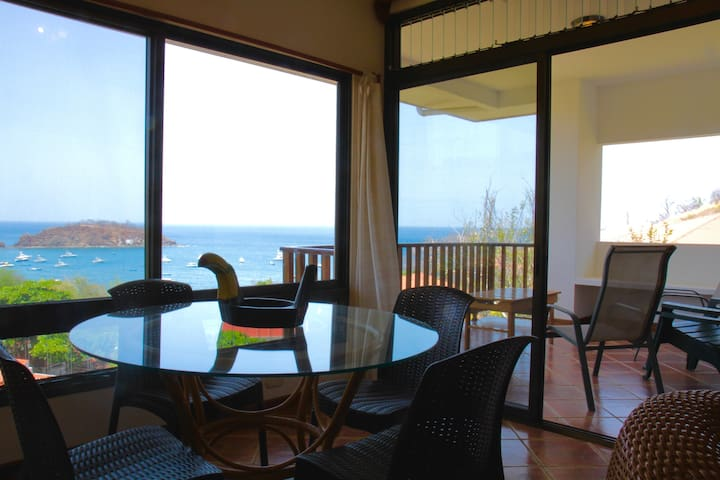 BREATHTAKING PANORAMIC OCEAN VIEWS  2 BR/2BR CONDO