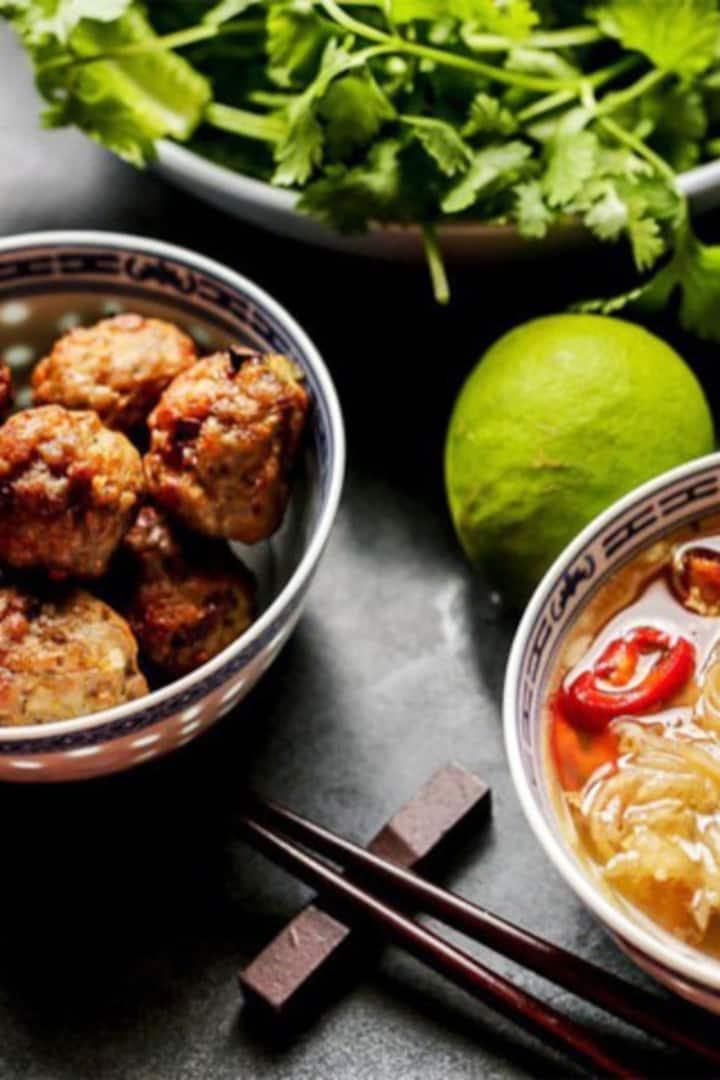 Bun cha :  Kebab rice noodles