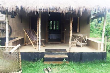 Aparajita -Mud House- Itachuna Rajbari - Hooghly - Bungalo