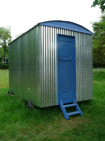 Ballaugh - shepherd's hut - Ballaugh