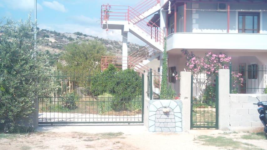 Villa Shahini Studio nr 1.