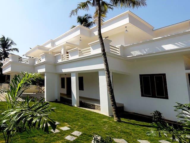 Service villa at Cochin - Ernakulam