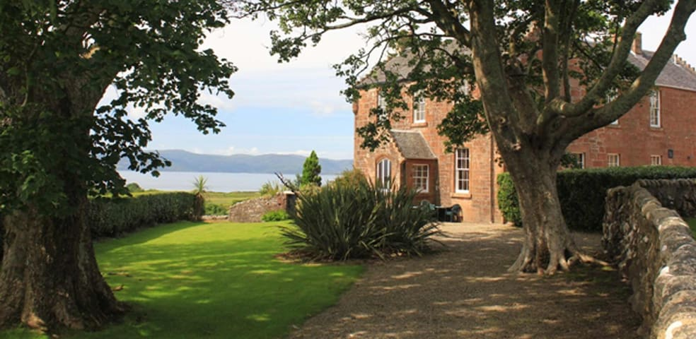 The Stunning House of Machrie - Isle of Arran