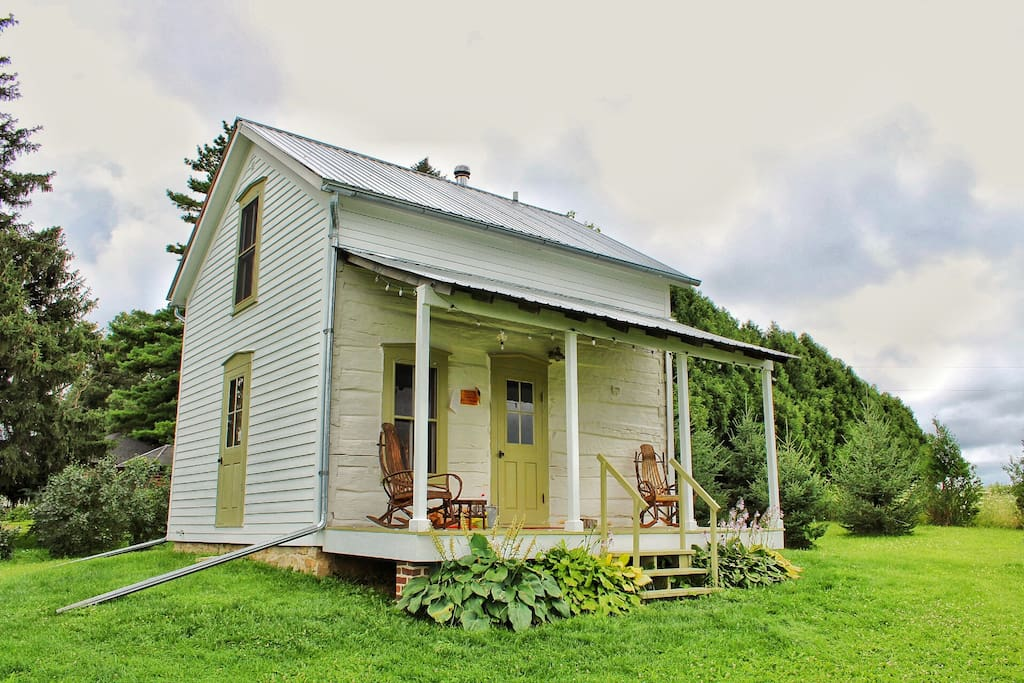 trout river log cabin cabins for rent in decorah iowa