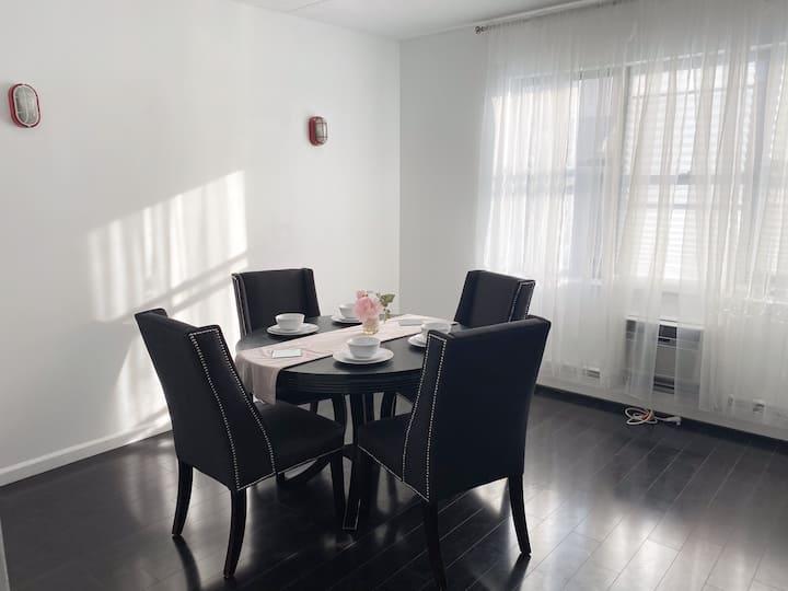 Entire Elegant 2 bd room Suite/private entrance