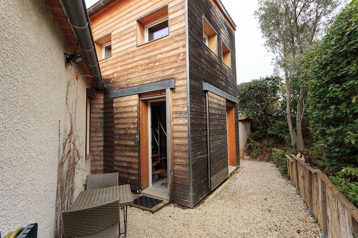 Petite maison en bois  climatisée