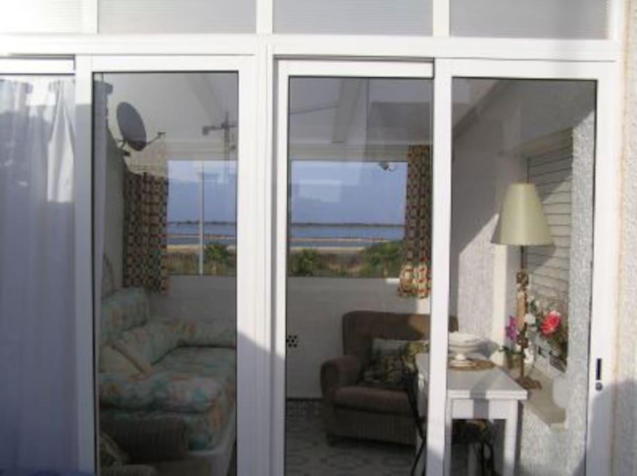 Takterrassen med inglasat rum och extrabädd, med vacker utsikt över Mar Menor och Medelhavet