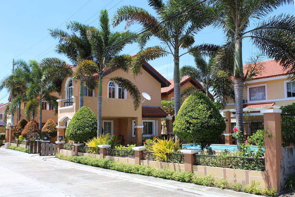 House With The Pool Your Vacation Paradise Houses For Rent In General Santos City Region