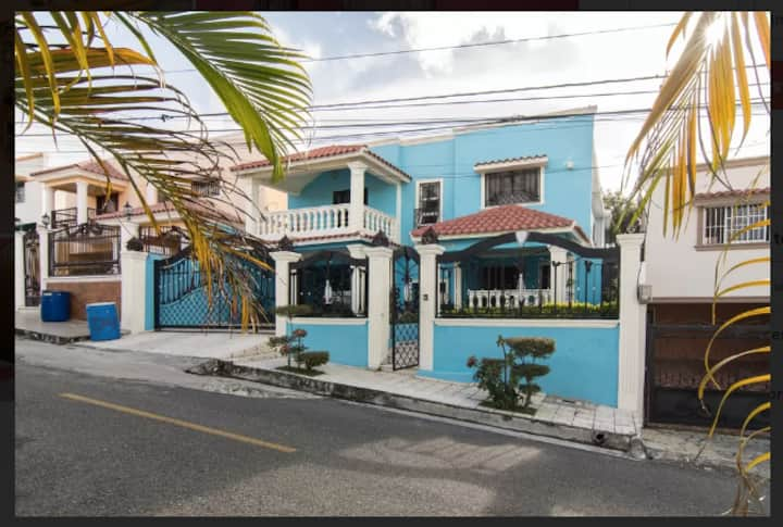Join the Sweet Island Life, Mi Casa