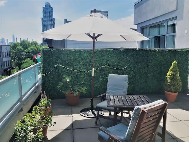 Beautiful penthouse apartment, large terrace+view