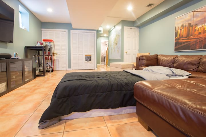 Private Studio, Priced Like A Room - Hackensack - Adosado
