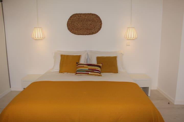 Villa Maça House - Private Room - Colares