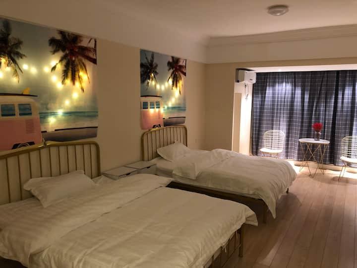 万达公馆(东方影都)海边度假酒店