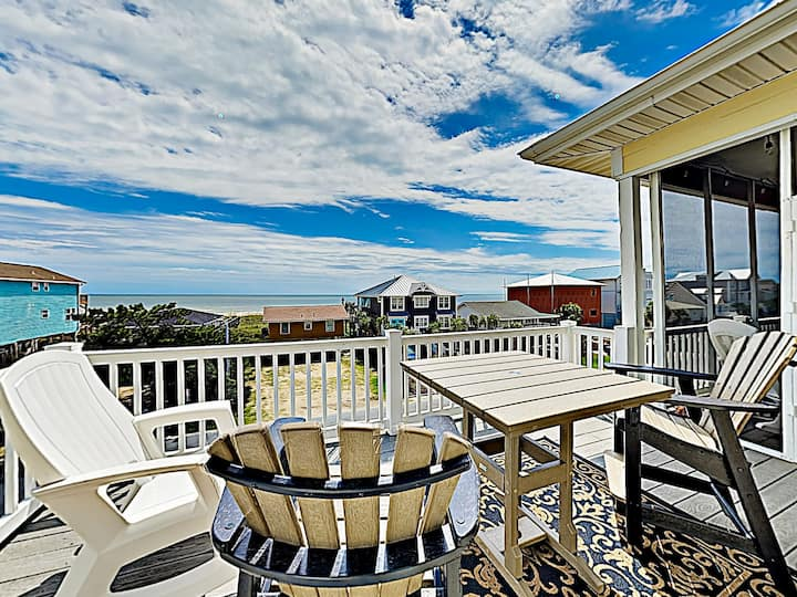 Stunning Home w/ Ocean Views - 1 Block From Beach