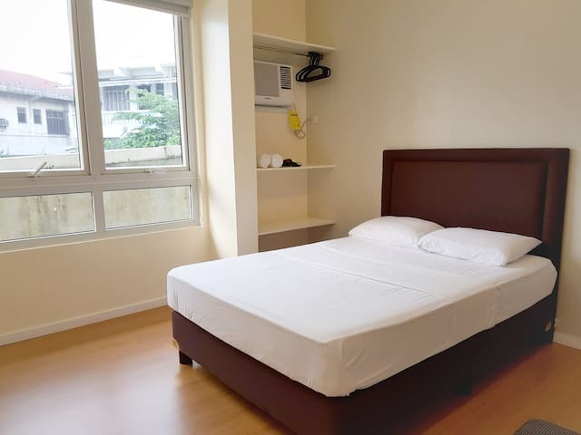Comfortable Room for 2 San Juan City Manila