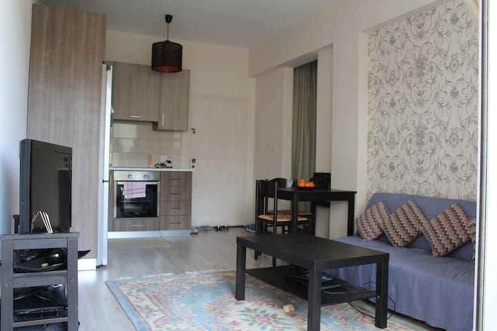 1br flat by the sea - Germasogeia - Apartment